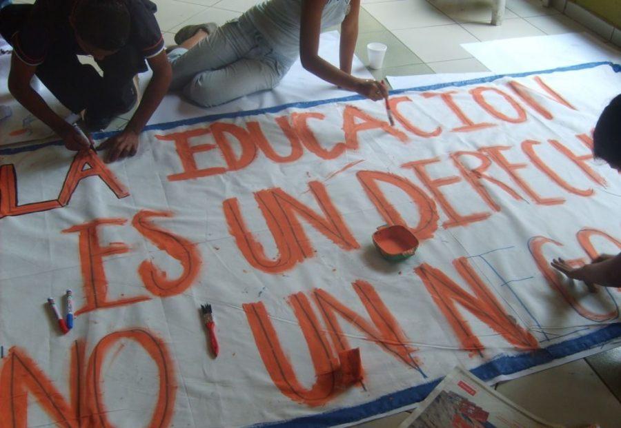 Imagen; Foro El Salvador 2007 ilustra texto de formación con perspectiva de género desarrollada por la CLADE