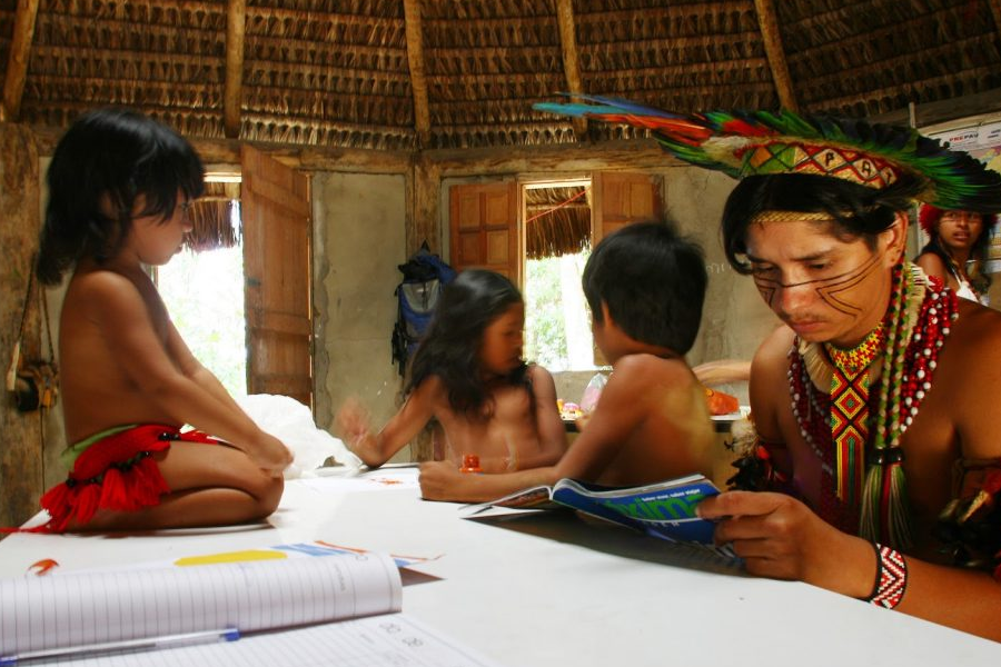 Jaqueira Village. Porto Seguro, Bahia, Brazil (2008). An indigenous teacher of the Pataxó ethnic group teaches students in their native language Patxôhã.